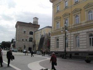 benevento-piazza-castello[1]