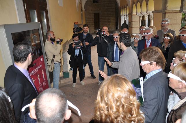 Inaugurati i pulvini in 3D nel chiostro di Santa Sofia