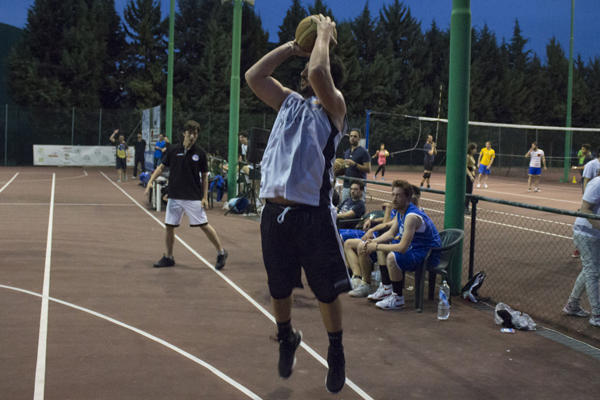 Summer sport, accedono alle semifinali di basket Young Pizza e Stregomics
