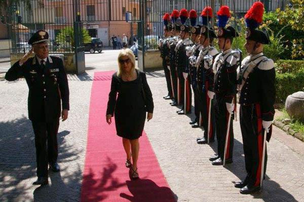 Il prefetto Paola Galeone in visita al comando provinciale dei carabinieri
