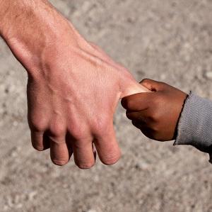 Quale futuro per i bimbi che attendono una famiglia? Riflessione sulle adozioni