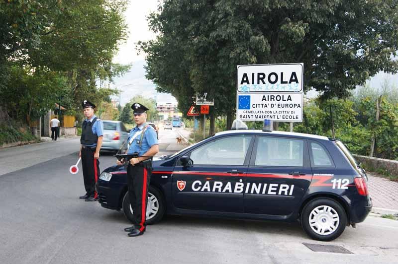 Incendio di un'auto ad Airola, i Carabinieri indagano