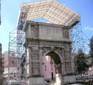 Pepe, amarezza per mancato finanziamento restauro Arco di Traiano