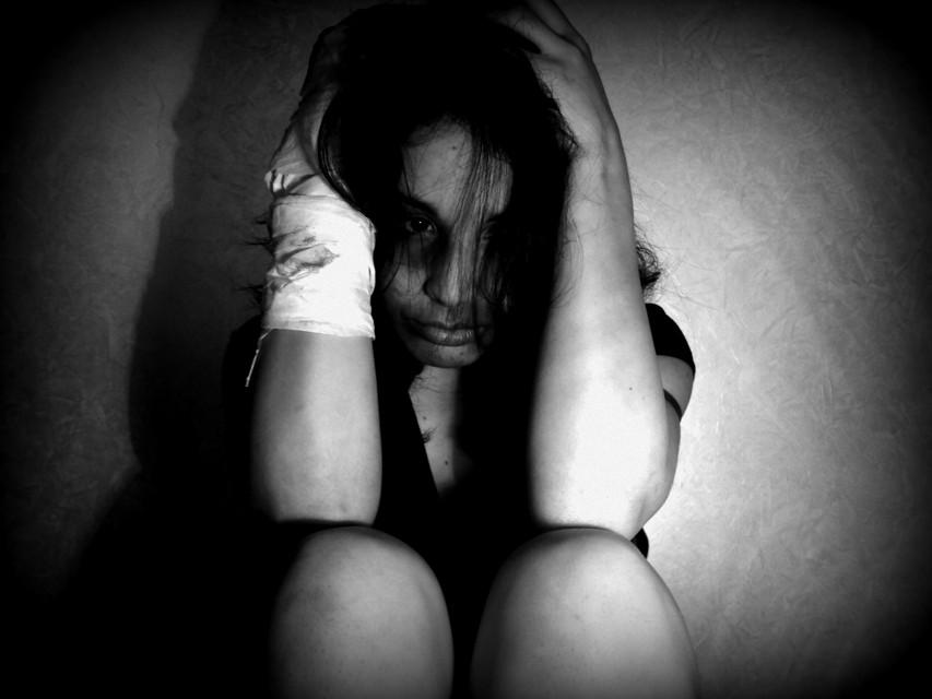 Denunciato un uomo per lesioni nei confronti dell'ex moglie