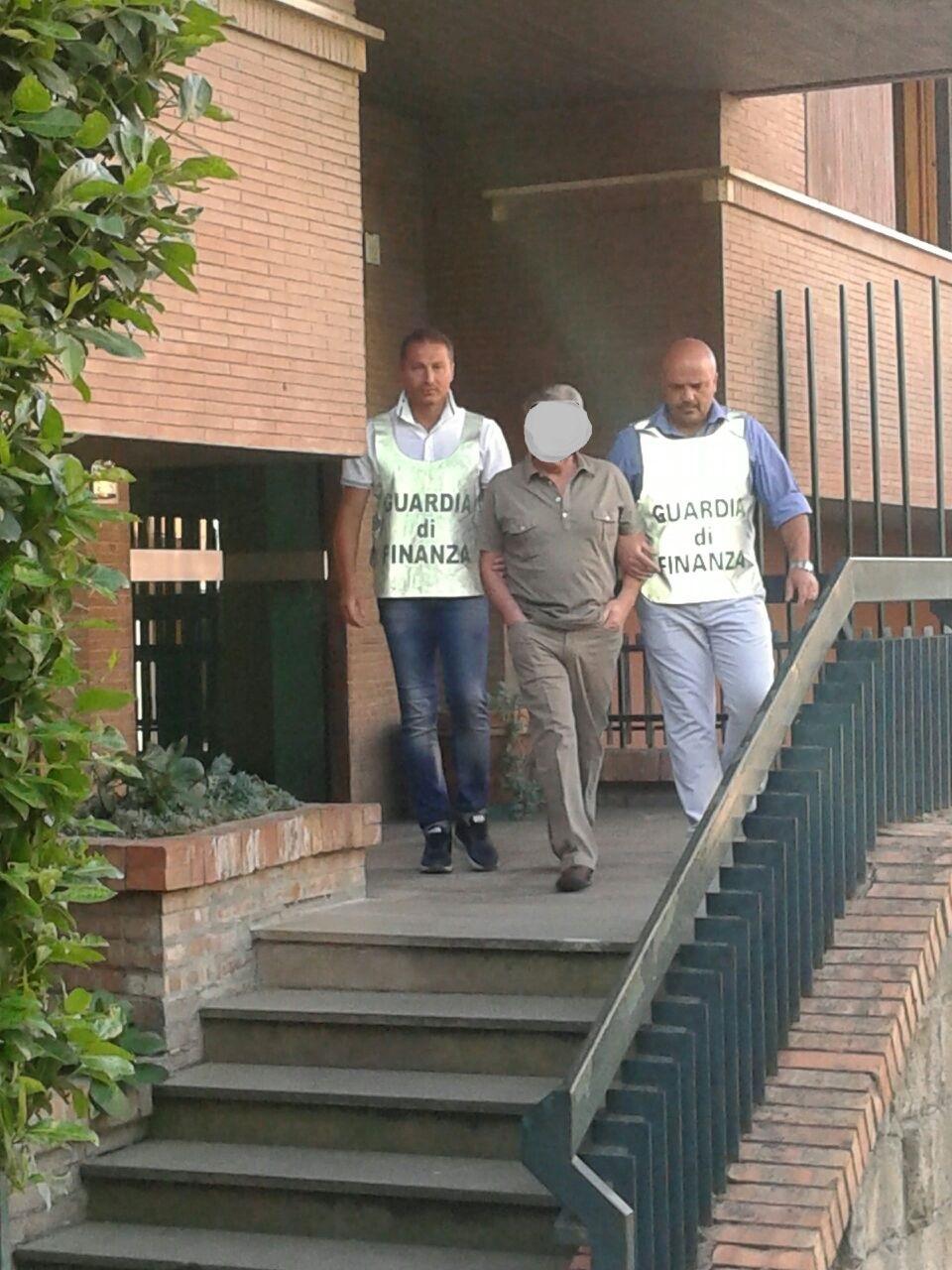 Dopo la condanna del beneventano rappresentante legale di società informatica, la GdF arresta dopo tre anni il suo imprenditore