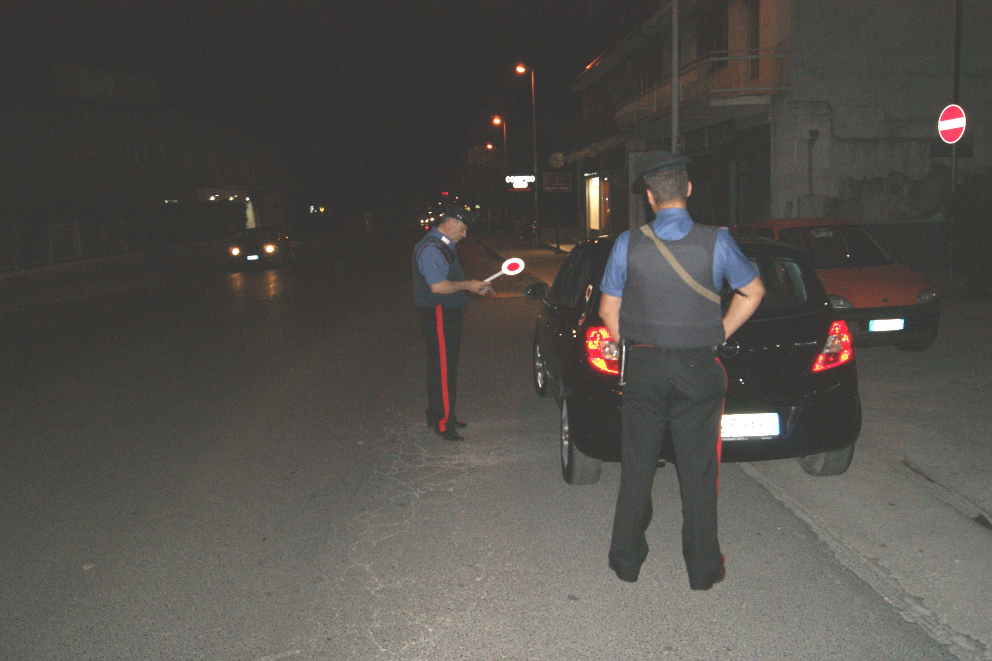 Controlli sull'Appia in nottata, 5 persone denunciate