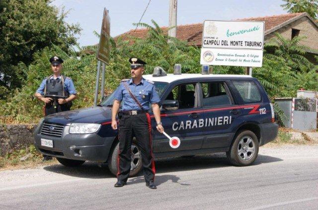 Intimidazioni e rapina in una tabaccheria a Campoli Monte Taburno