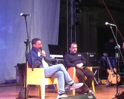 Don Nicola De Blasio ha trattato ieri al Sannio Fest molti temi sociali. Questa sera ancora interviste e spettacoli