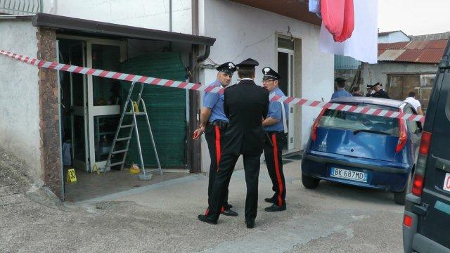 Tragedia familiare a San Giorgio Del Sannio, a dare l'allarme la figlia