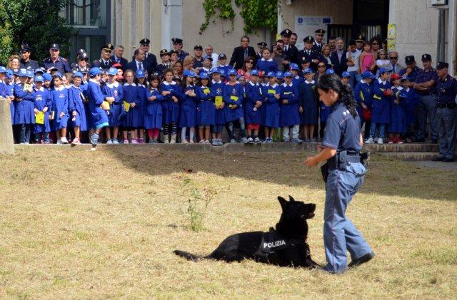 Consegnate a Benevento e a Telese Terme le 'Agende Scolastiche' offerte dalla Polizia di Stato
