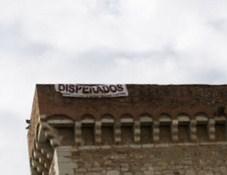Lavoratori disperati prendono d'assalto la Rocca Dei Rettori di Benevento. Convocata riunione straordinaria in Prefettura