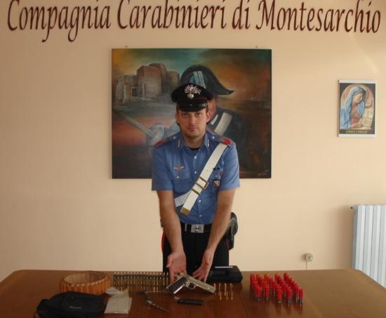 Arrestato ad Arpaia un pregiudicato che nascondeva in casa armi e munizioni