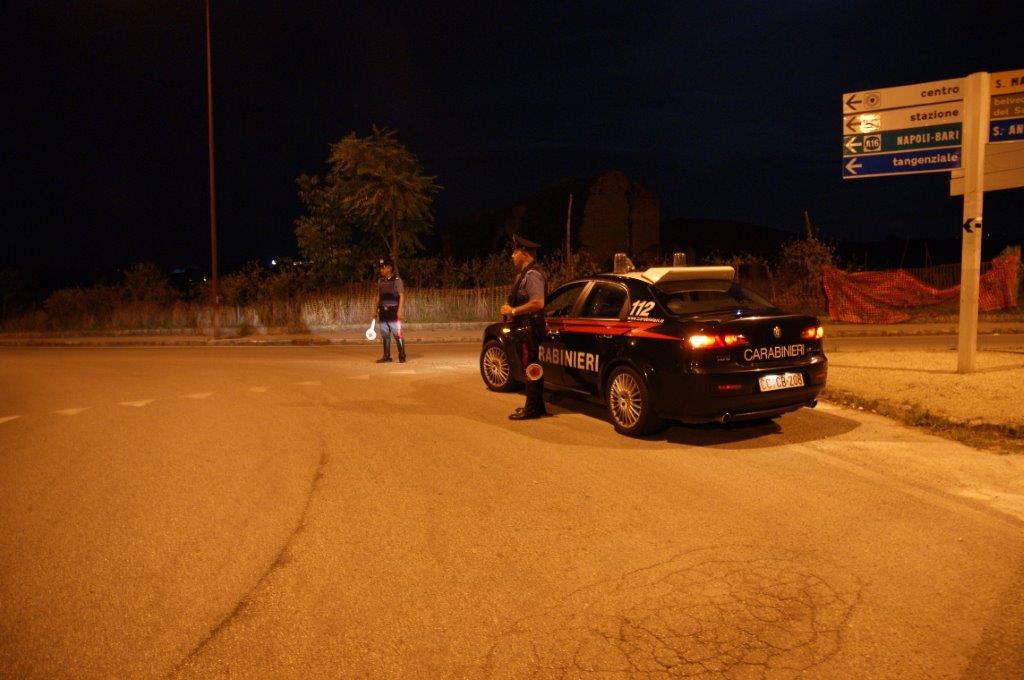 Fermati, nella notte, due uomini in stato di ebbrezza ed uno sprovvisto di patente ed assicurazione