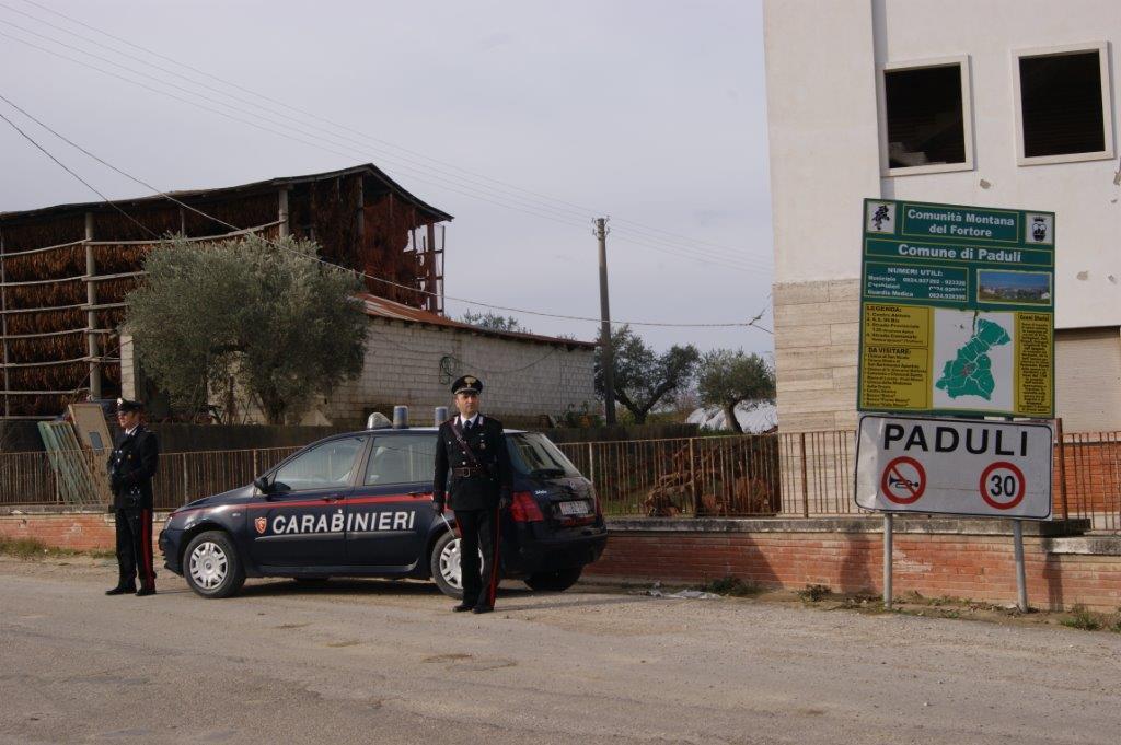 I Carabinieri intervengono per un furto in abitazione a Paduli