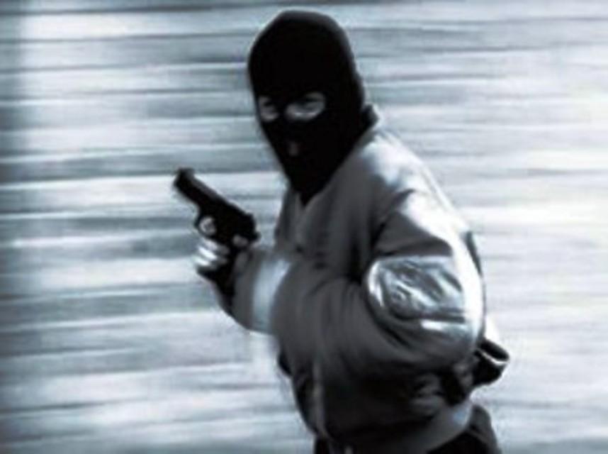 Individuati ed arrestati i due malviventi che nel settembre scorso rapinarono un tabacchi a Campoli