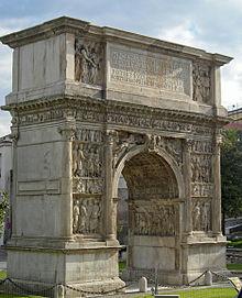Riapre, alla Biblioteca Provinciale, la mostra dedicata all'Arco di Traiano