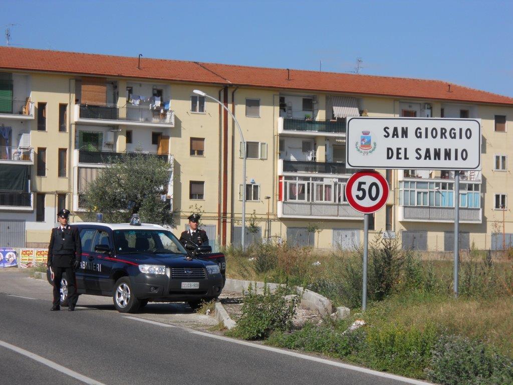 I Carabinieri arrestano un rumeno per atti persecutori nei confronti dell'ex fidanzata