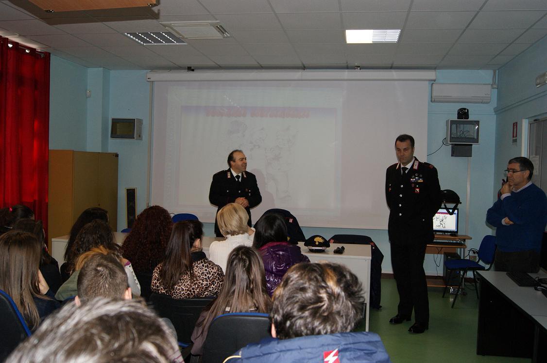 Conferenza dei Carabinieri sulla cultura della legalità all'Istituto 'Carafa' di San Salvatore Telesino