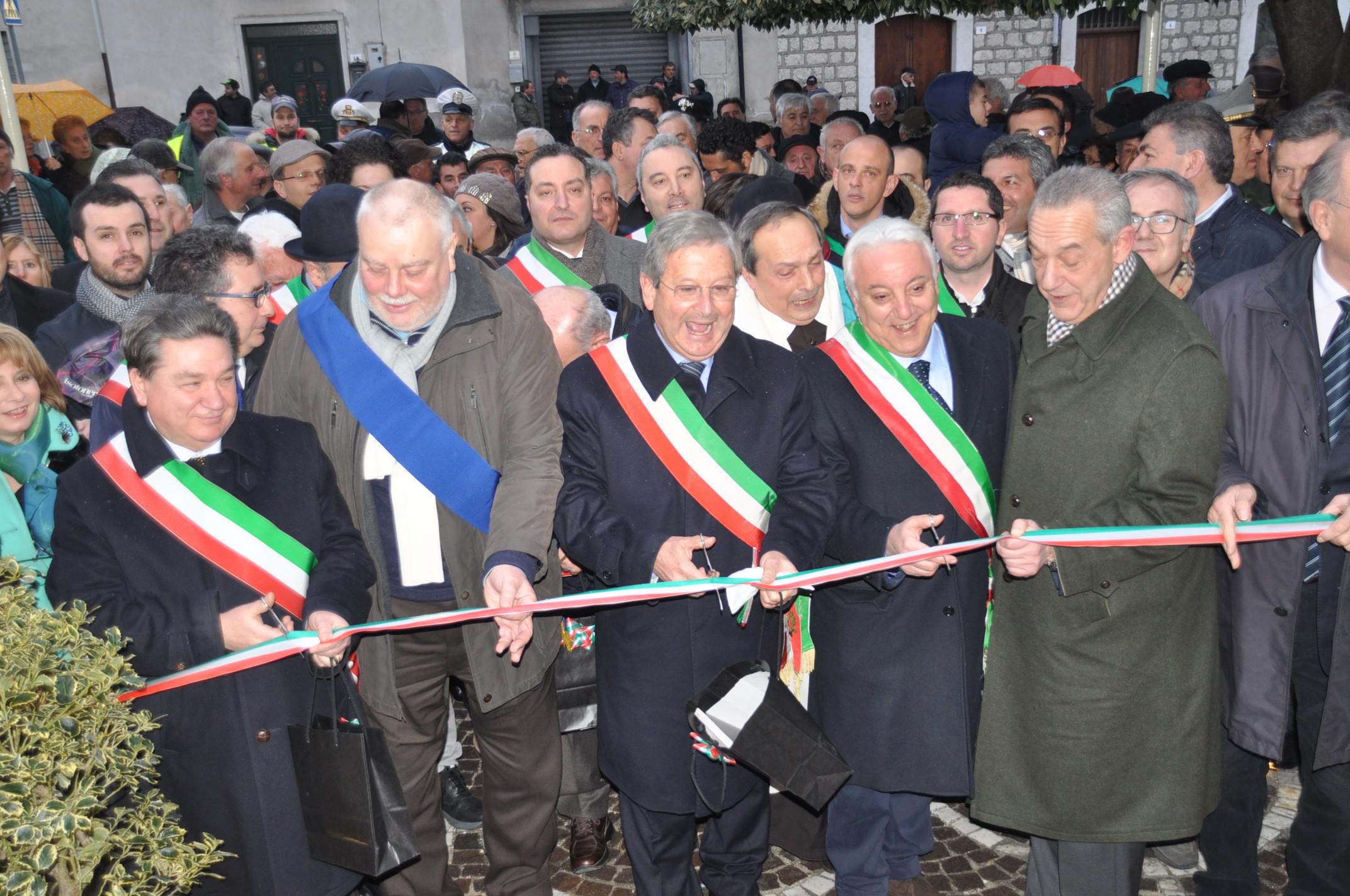 Inaugurato il Municipio di Guardia Sanframondi alla presenza del Presidente Ricci