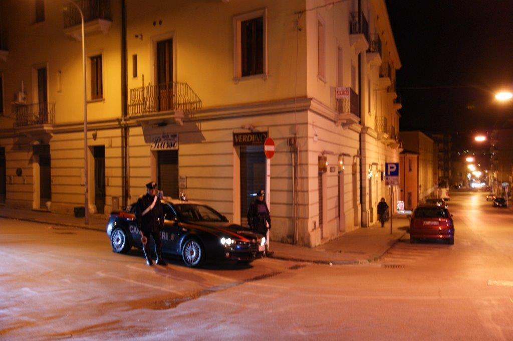 Svuotate le casse dell'Md Discount di Telese Terme e tentato furto in un ex ristorante di Benevento