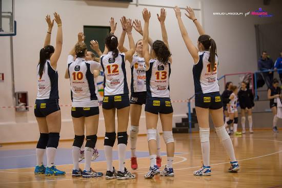 Pallavolo femminile B2, la Coim cede al Taranto in una partita combattuta