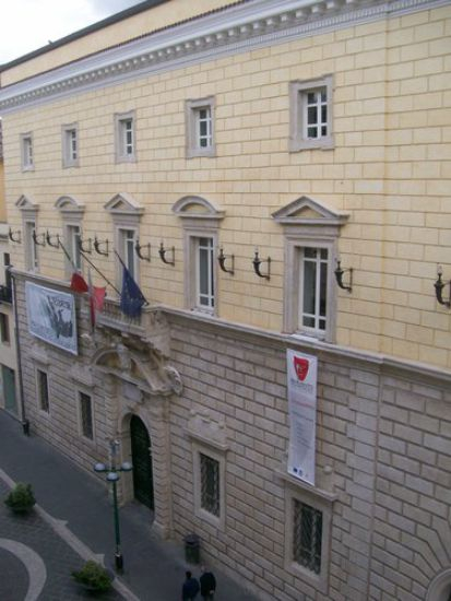 Sarà presentata oggi presso Palazzo Paolo V la prima narrativa scritta dai ragazzi delle scuole sannite