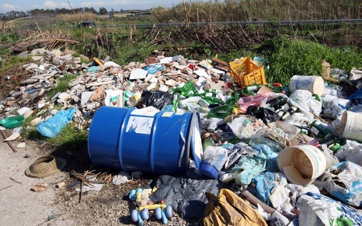Interrogazione di Piernicola Pedicini sui rifiuti tossici trovati nel Sannio