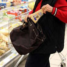 Montesarchio, tentato furto di generi alimentari in un supermercato