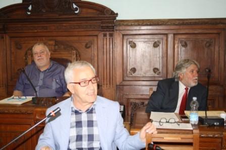 Ricci dice no al 'dissesto indotto' ed interpella Governo e Regione