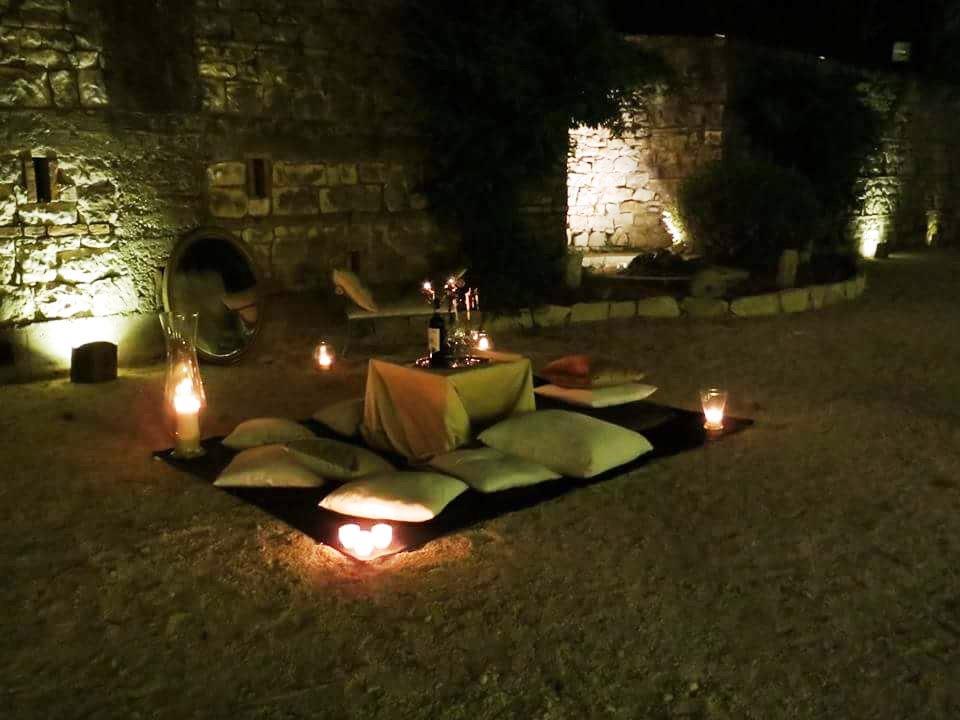 Lounge music e stuzzicherie a Villa Beatrice per un aperitivo en plein air