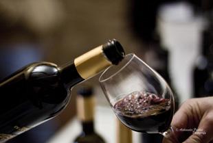 A Ponte si discute di vino e turismo esperienzale nella splendida cornice dell'Abbazia di Sant'Anastasia