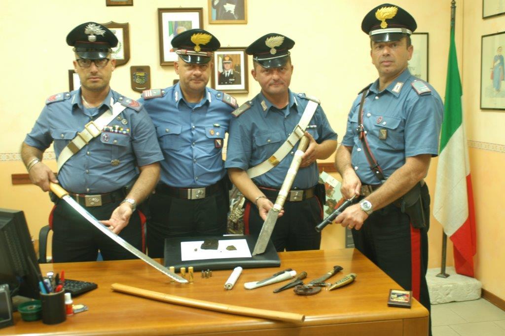 Pietrelcina, arrestato un pregiudicato trovato in possesso di armi e droga