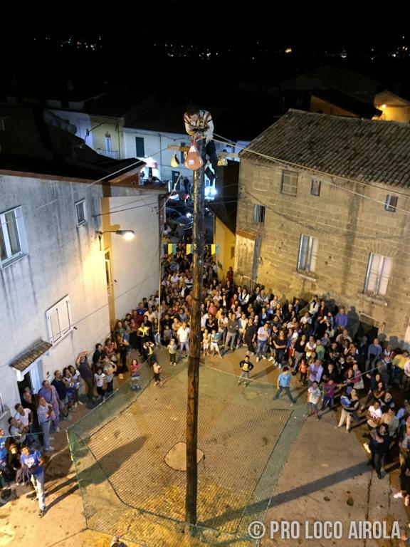 Airola, 'Riscopriamo il Borgo' stasera la chiusura con Faraco e il Ciuccio di fuoco