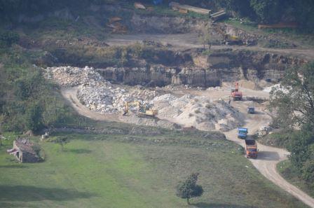 GdF Benevento, estrazione non autorizzata di materiale sabbioso sulle rive del Titerno