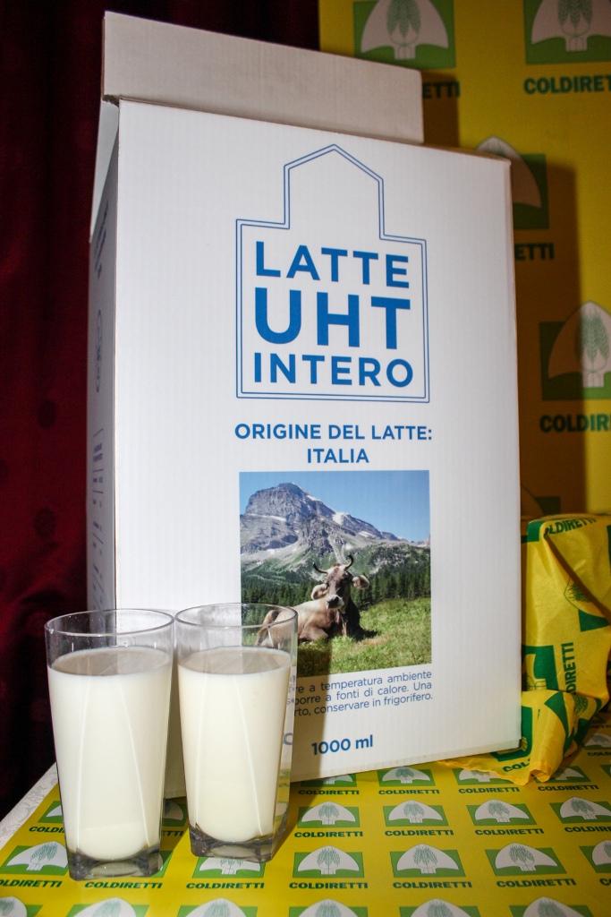 """Ok a indicazione di origine obbligatoria per latte e prodotti lattiero-caseari. Coldiretti: """"Svolta storica"""""""