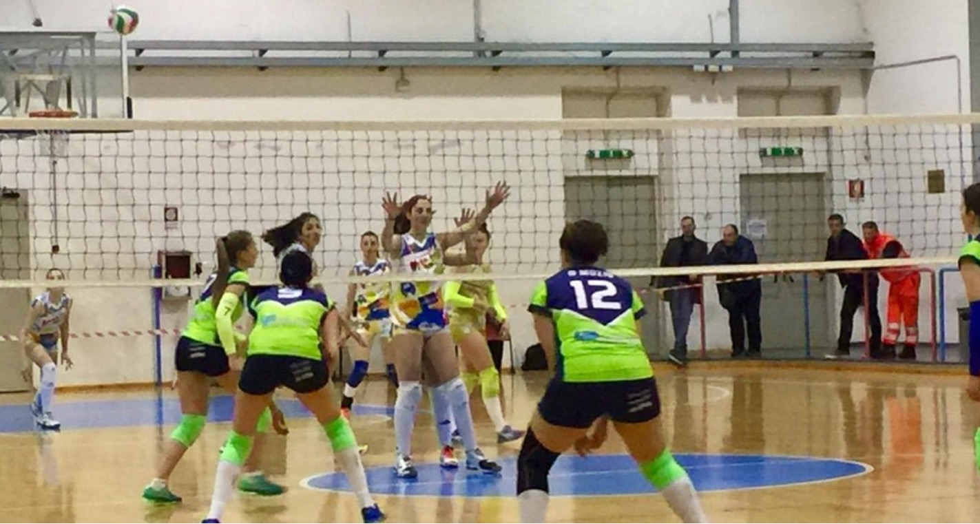 Pallavolo, la iReplace è ko, il derby è del Real Volley