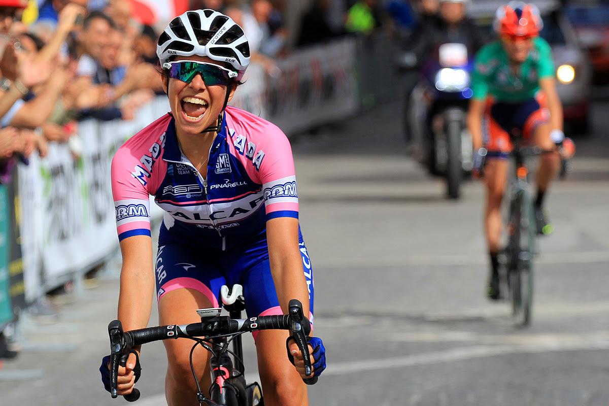 Dalia Muccioli vince il tappone del 'Giro della Campania in rosa'
