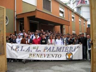 Del Basso De Caro al 'Palmieri' di Benevento per il progetto 'Giovani conducenti nelle scuole'