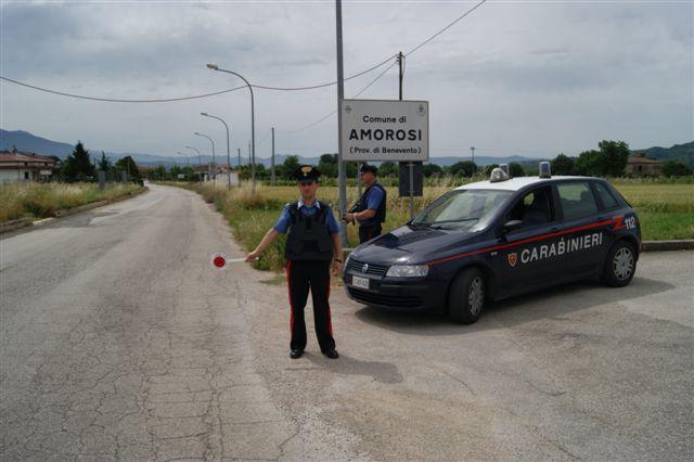 Minacciavano cause di lavoro per lavoro in nero di badanti, due arresti in Valle Telesina