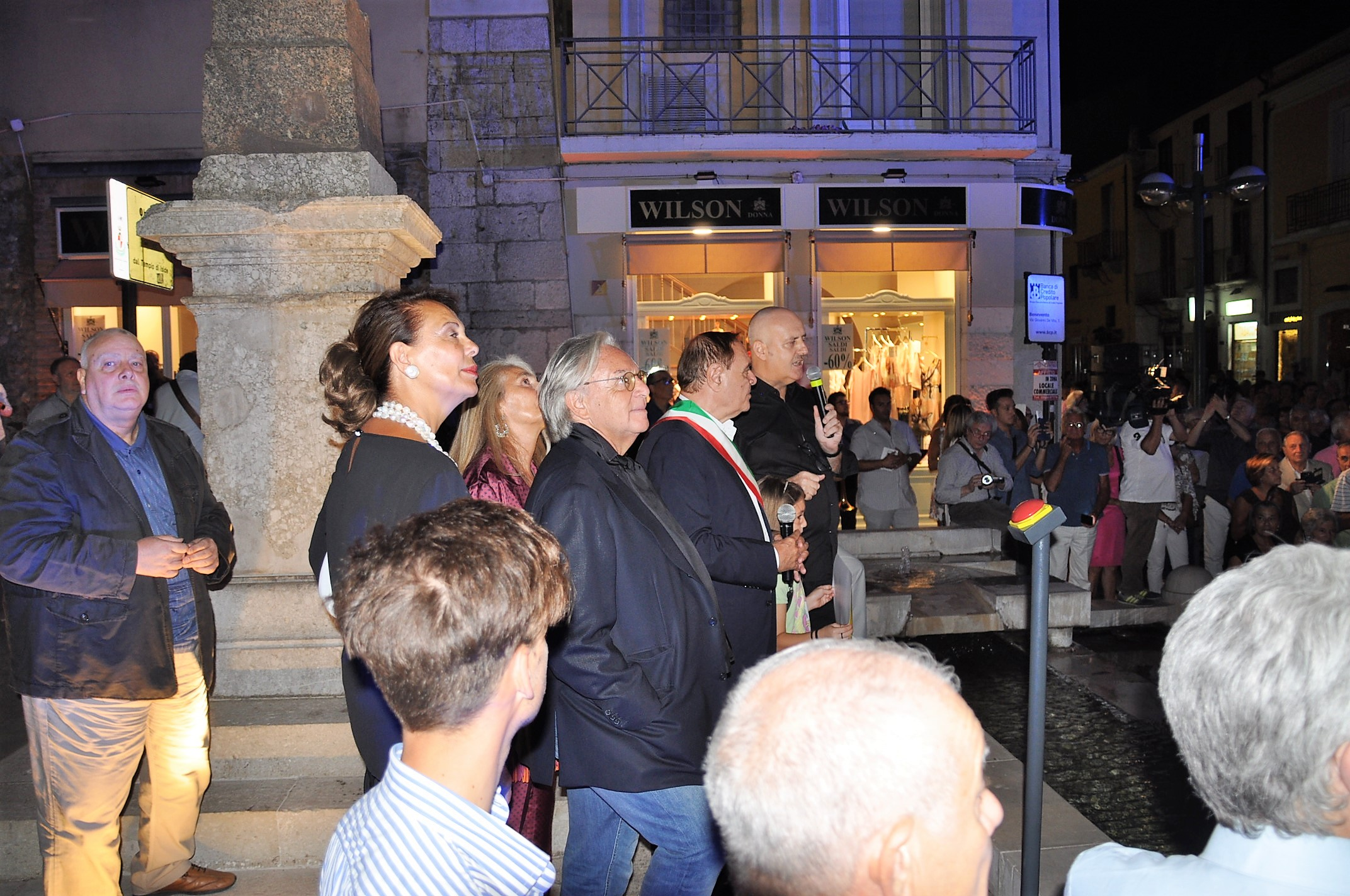 Benevento, restyling di piazza Papiniano grazie alla generosità dell'imprenditore Della Valle