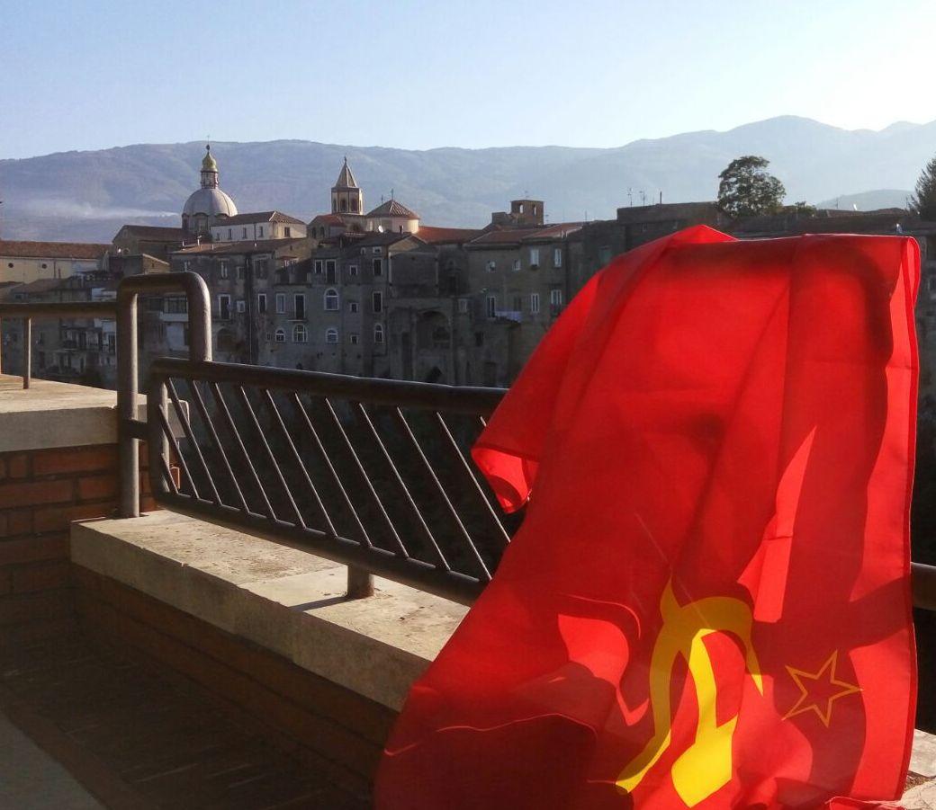 Si costituisce a Sant'agata de' Goti la sezione locale del Partito Comunista Italiano