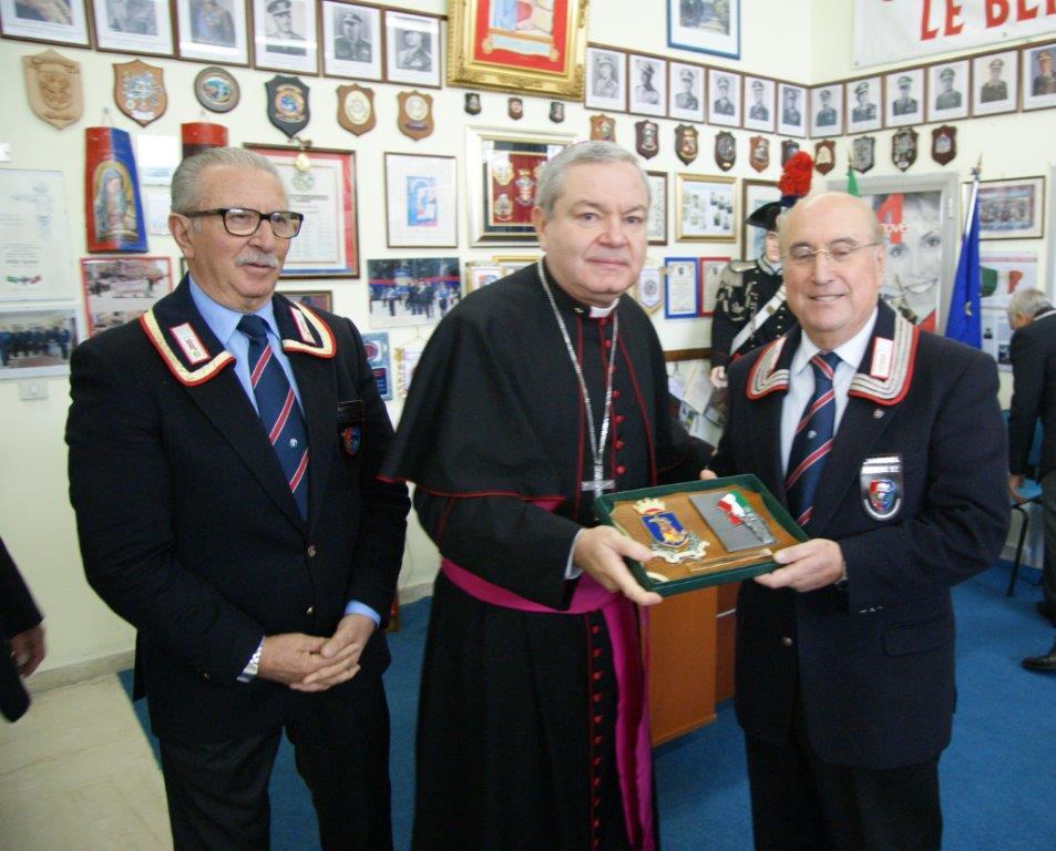 Benevento, monsignor Marcianò in visita al Comando Provinciale dei Carabinieri