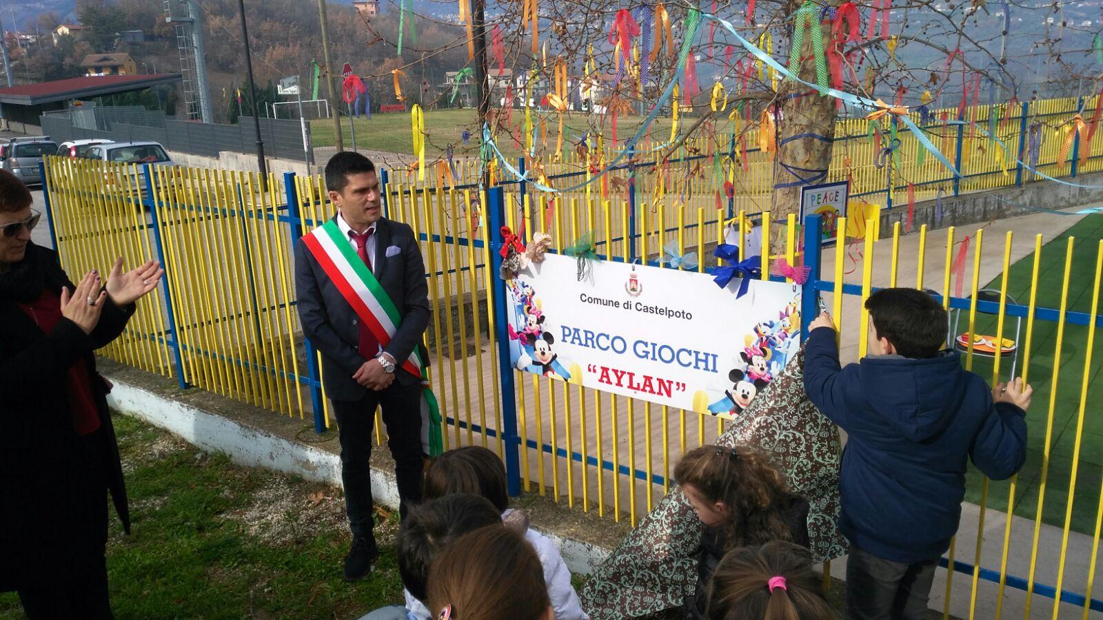 Castelpoto, inaugurato il parco giochi Aylan Kurdi