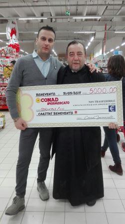 """Consegnato alla Caritas il ricavato della vendita """"Uova di Pasqua Solidali"""""""