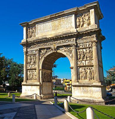 Domani a Benevento incontro culturale sull'Arco di Traiano promosso dall'Unifortunato