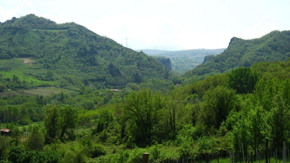 Ceppaloni, la cittadinanza insorge contro una nuova discarica in località Barba