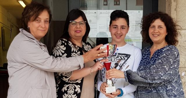 Ponte, lo studente Salvatore Meola conquista la finale di Parigi dei Giochi Matematici