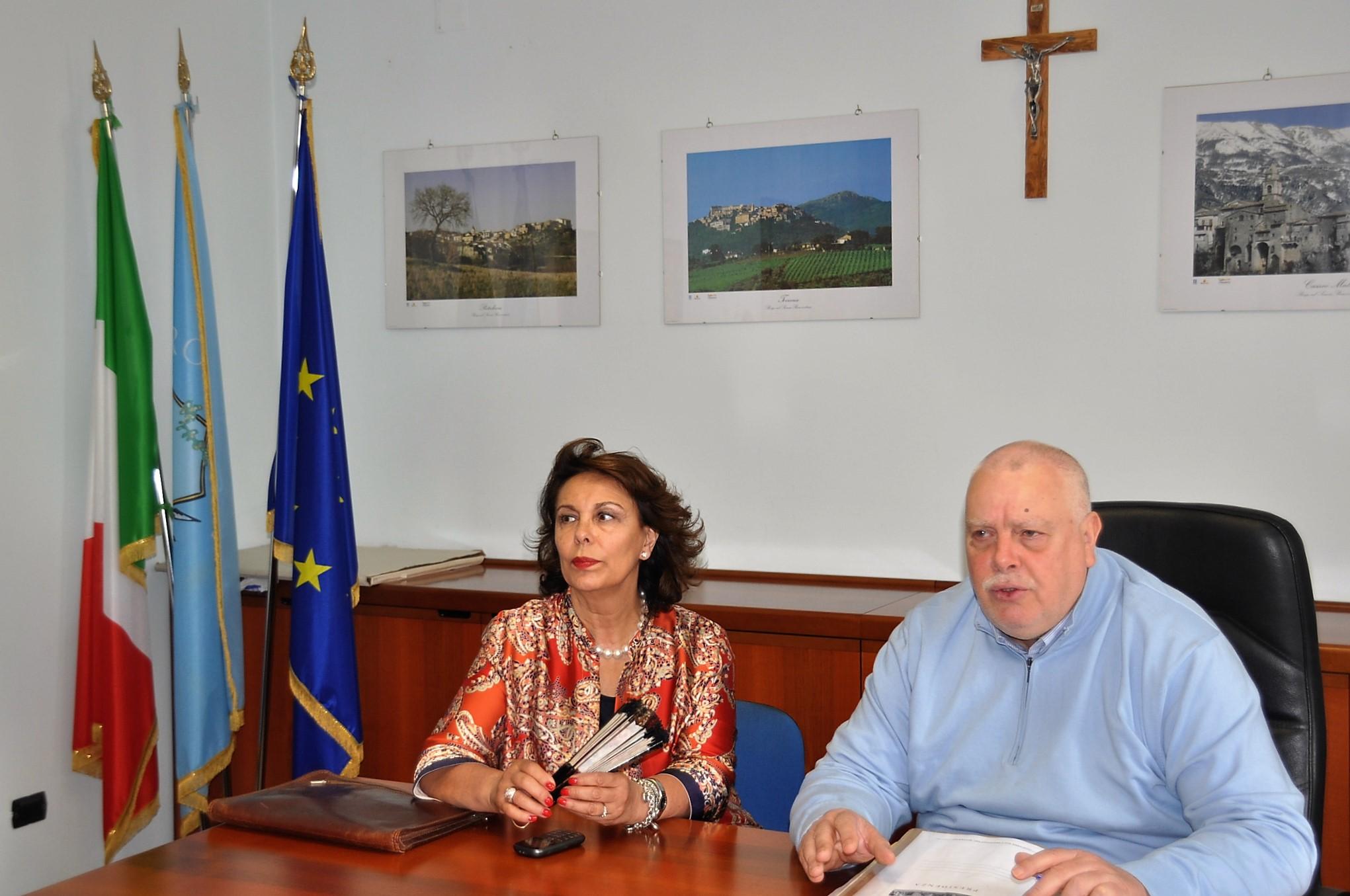 Incontro alla Rocca tra Ricci e la senatrice Sandra Lonardo per discutere sulla manutenzione fluviale