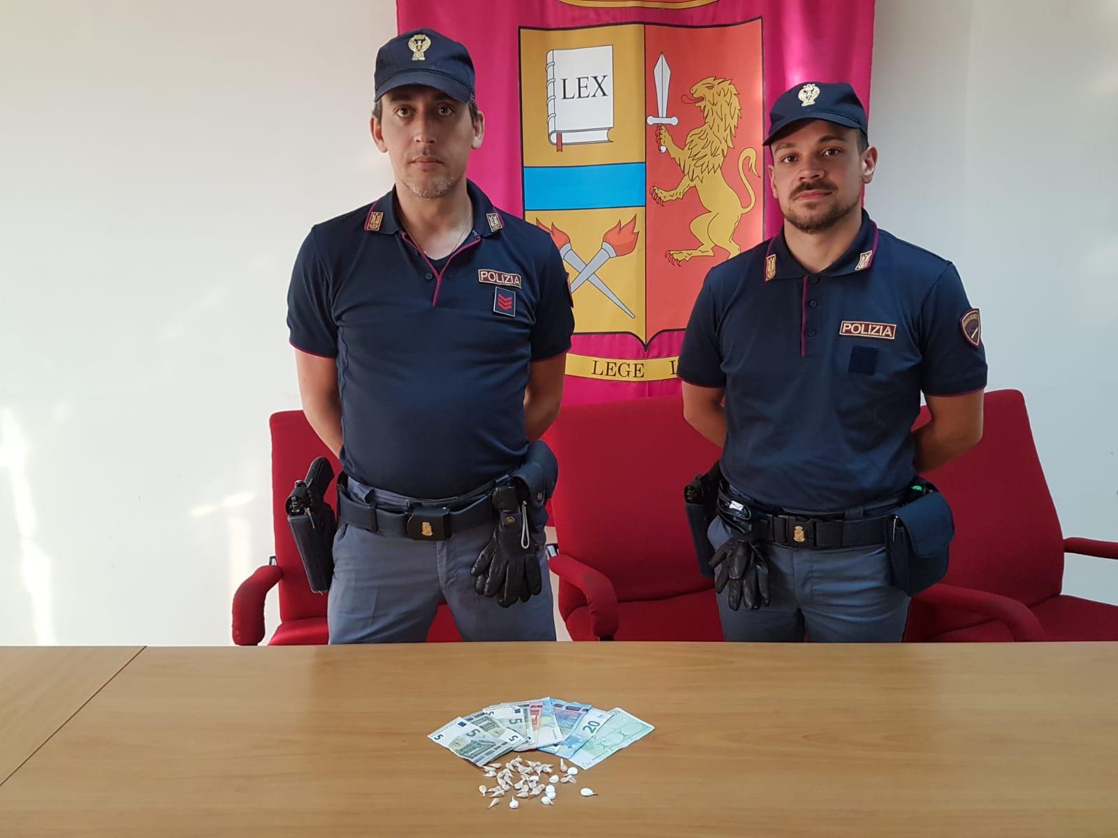 Pusher arrestato al Rione Libertà di Benevento