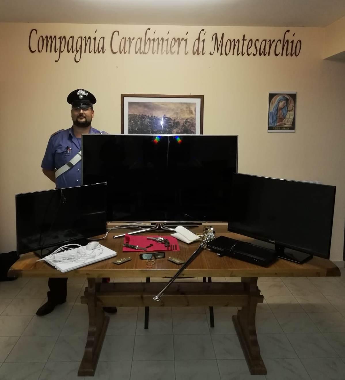 Furto in abitazione, i Carabinieri di Montesarchio arrestano 37enne per ricettazione e detenzione illegale di armi